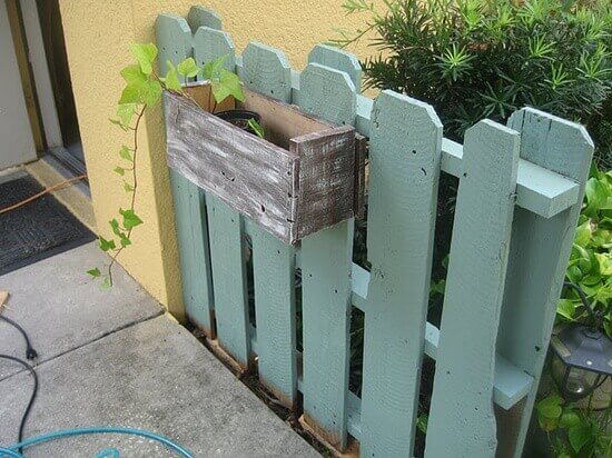 DIY Pallet Outdoor Fence Ideas and projects