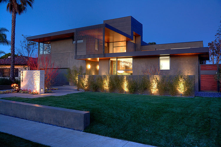 Modern Two Level Pool House In Los Angeles Decorextra