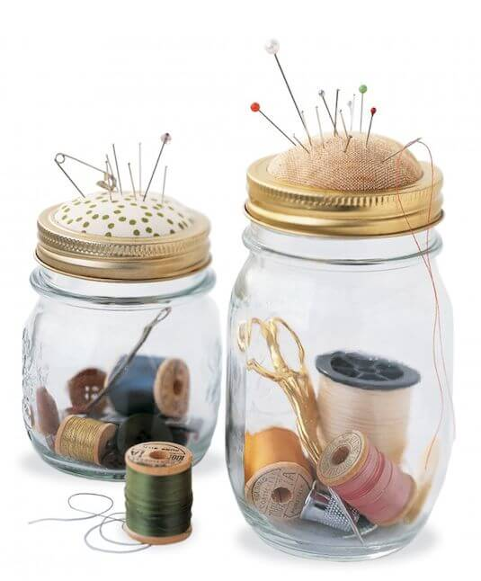 DIY Mason Jar Mini Sewing Kit