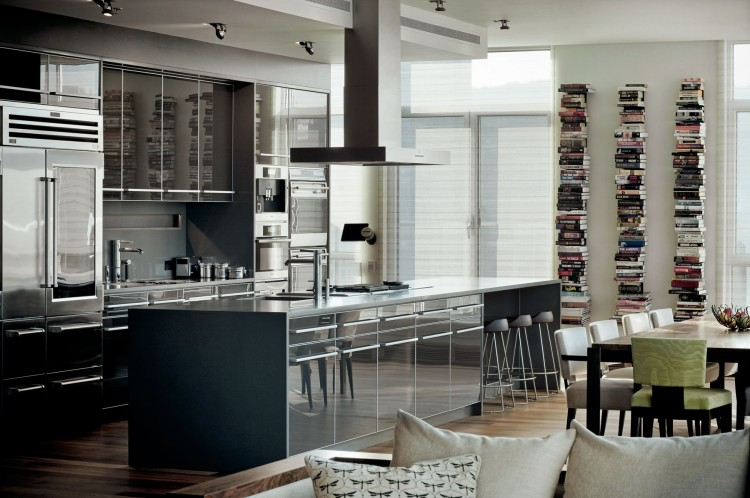 Luxury Penthouse Kitchen by René Desjardins