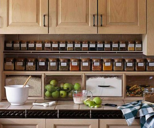 An amazing spice storage idea