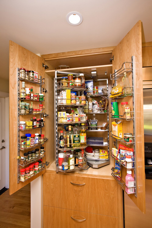 Kitchen pantry cabinet organization for a well-organized space