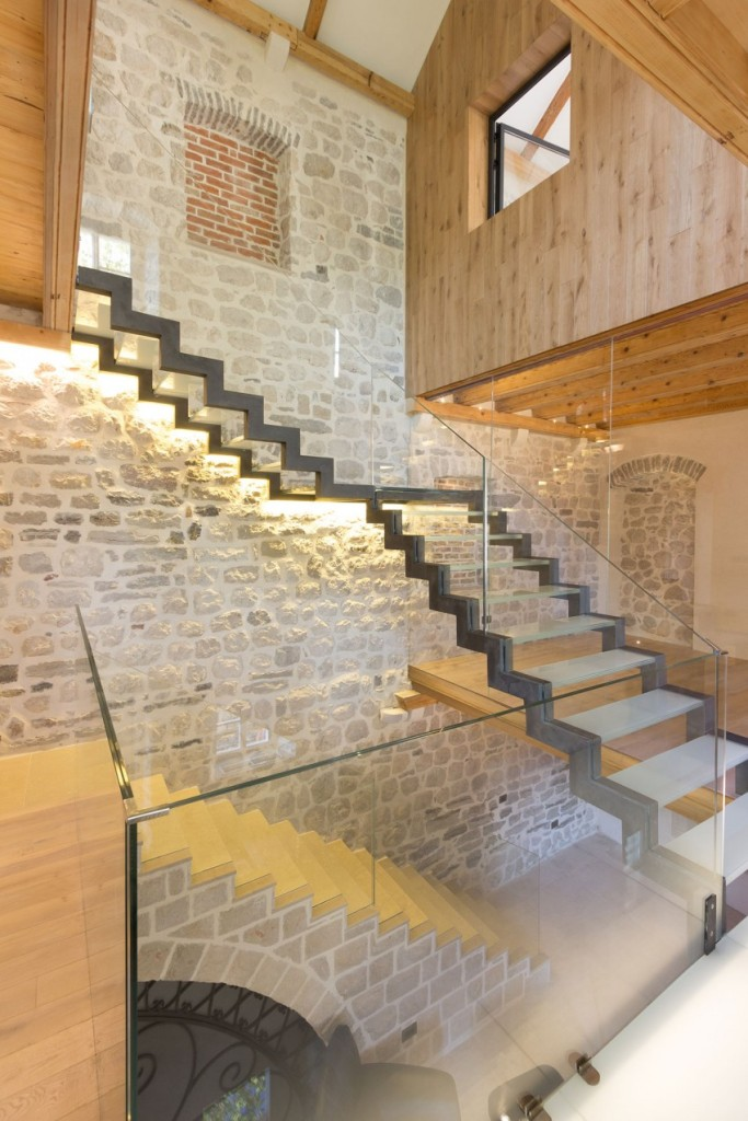 Staircases, Reconstruction of a Villa in Ljuta by Enforma Studio